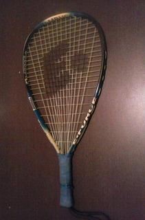 Raquete De Tenis Semi-nova Com Capa.