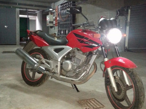 Moto Honda Twister 250cbx