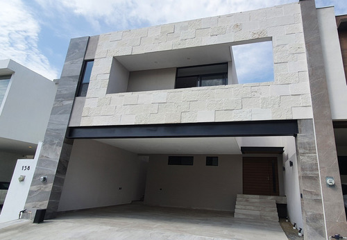 Imagen 1 de 12 de Estrena Casa Amorada Residencial, Santiago N.l.