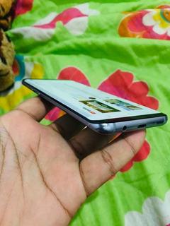 Galaxy S8 Plus Leia A Descrição