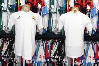 Real Madrid 2015 Camisa De Passeio Tamanho M.
