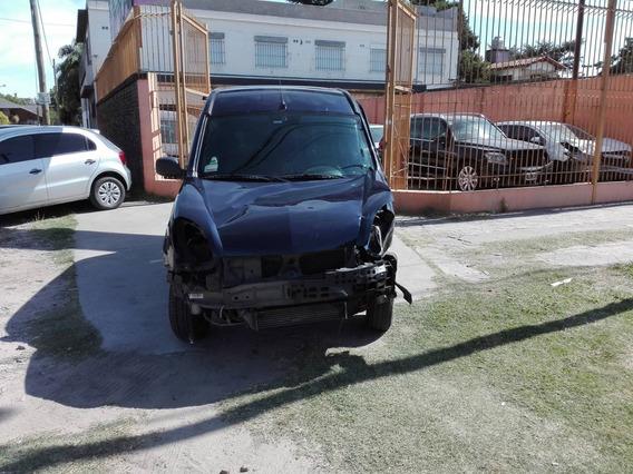 Renault Kangoo Chocada
