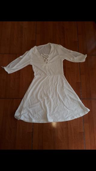 Vestido Blanco Fresca Con Manga Abierta. Talle 1/2