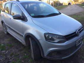 Volkswagen Suran Cross 1.6 Highline 101cv