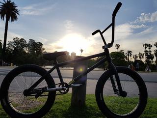 Bmx Bicicleta Rodado 20 ( 2 Ruedas Extras De Regalo)