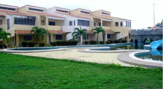Apartamento En Ciudad Flamingo, Falcón.