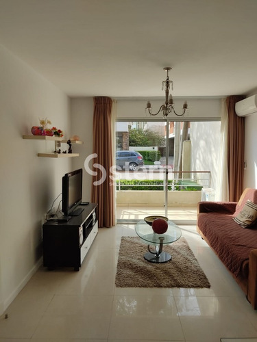 Venta Apartamento 2 Dormitorios, Peninsula, Punta Del Este- Ref: 1301