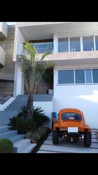 Casa Em Vila Nova Com 3 Dormitórios - Mi15356