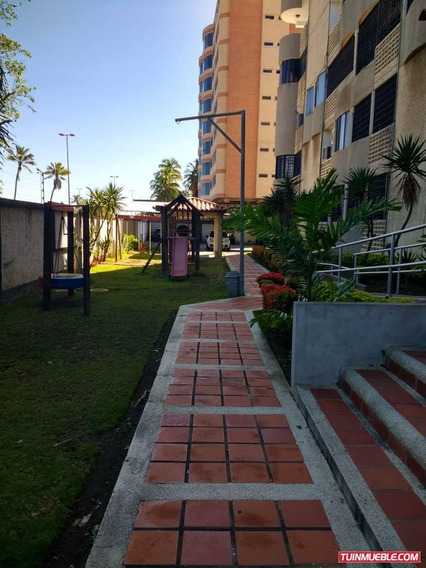 Apartamentos En Venta Cumana. Av Carupano Res Vista Araya