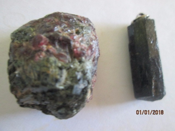 Mineral Granada + Turmalina Negra