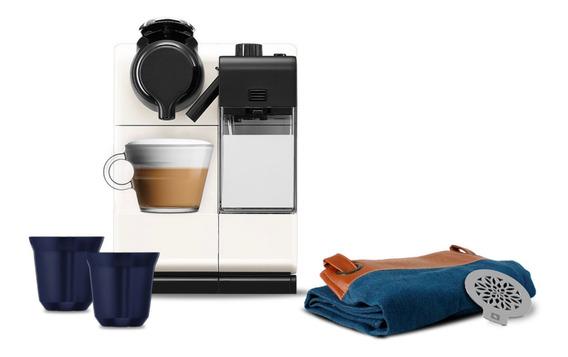 Cafetera Nespresso Lattissima Touch Color Blanca