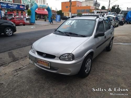 Gm - Corsa Sedan Wind 1.0 Alcool 2001