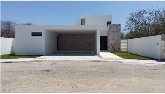 Casa En Condominio En La Rejoyada, Mérida
