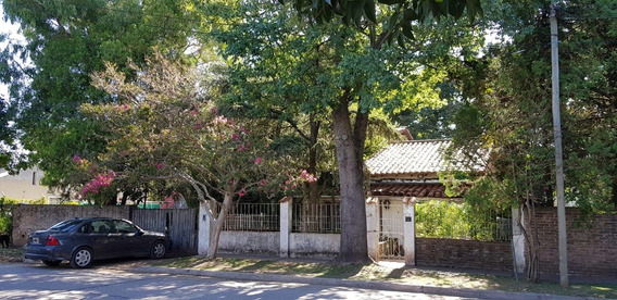 Chalet Casa Quinta De 2 Pisos Castelar Sur