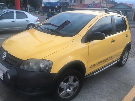 Volkswagen Crossfox Amarelo