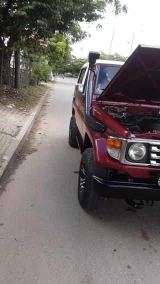 Toyota Land Cruiser Vendo Permuto