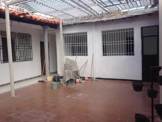 Comercios En Barquisimeto Zona Centro Flex N° 20-3638, Lp