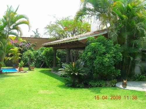 Casa En Fraccionamiento En Sumiya / Jiutepec - Ber-651-fr*