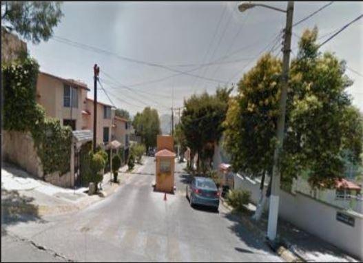 Remate Casa De 4 Recamaras En Lomas De Valle Dorado