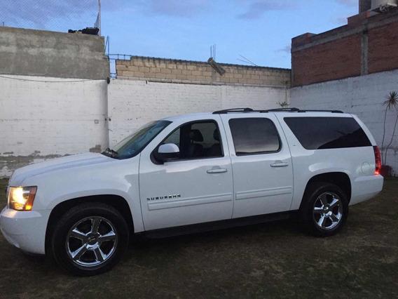 Chevrolet Suburban 5.3 Lt Piel Plus 4x4 Mt 2013
