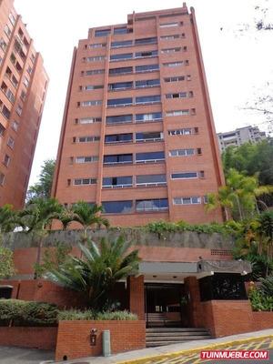 Código # 136 Apartamento En Manzanares.