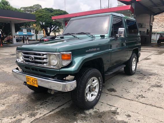 Toyota Macho En Muy Buen Estado