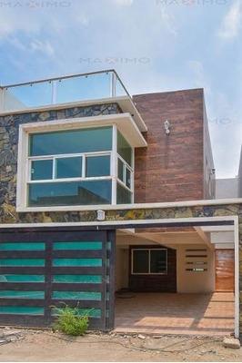 Casa A Una Cuadra De Av. Tecnologico Metepec