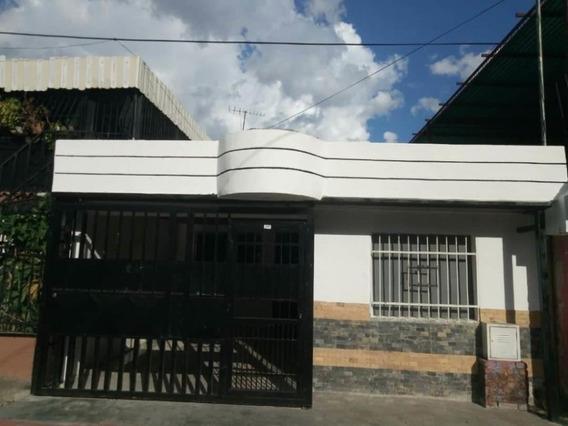 Casa En Venta La Isabelica Valencia Cod 20-5217 Ar