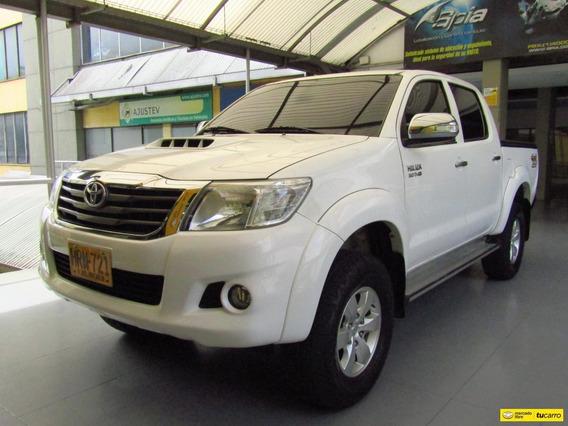Toyota Hilux Vigo At 3000 Cc 4x4