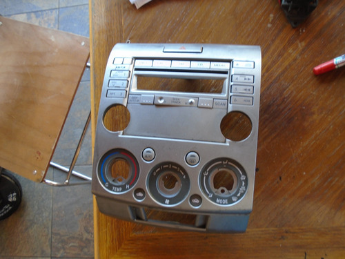 Vendo Mueble De Radio De Mazda Bt50 Año 2009