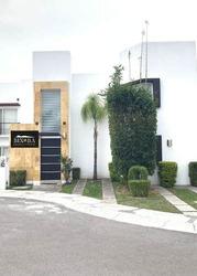 Casa Amueblada En Renta En Santa Fe Juriquilla