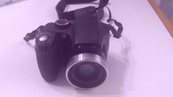 Câmera Digital Semi Profissional Fujifilm Finepix S5700