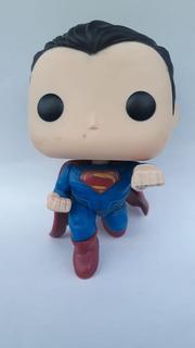 Funko Pop Superman 85 - Batman Vs Superman Dc