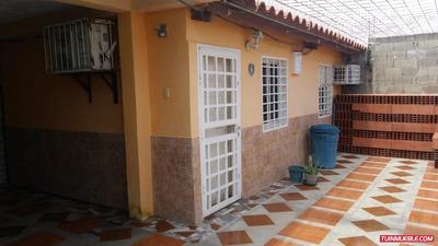 Casas En Venta Cumana. Sector El Peñon