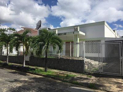 Se Vende Casa En Urb La Viña Ubicada En Calle Privada