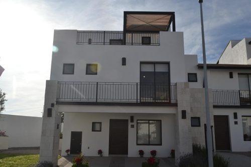 Casa En Venta En El Refugio, Queretaro, Rah-mx-20-133