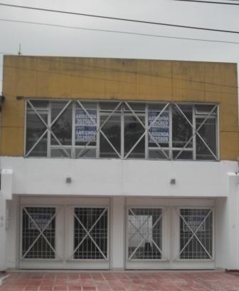 Locales En Arriendo La Esmeralda 960-223