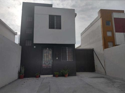 Casa En Venta Asturias Residencial En Apodaca Cerca De Carretera Agua Fria