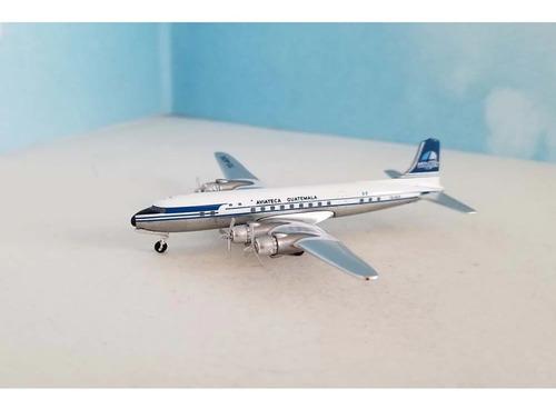 Miniatura Aeroclassics 1:400 Aviatecaguatemala Douglas Dc-6b