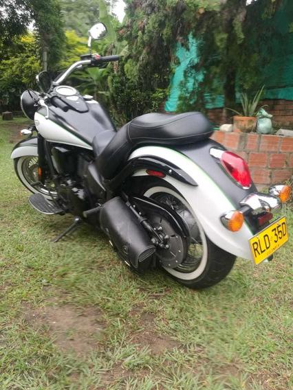 Kawasaki Vulcan 900 Clasic