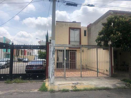 Casa En Venta En Santa Margarita Residencial