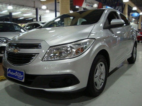 Chevrolet Onix Lt 1.0 Flex 2013 Prata (completo)