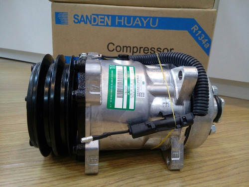 Imagem 1 de 3 de Compressor Sanden 7h15 Original 8 Orelhas Polia 2a 12v 4860