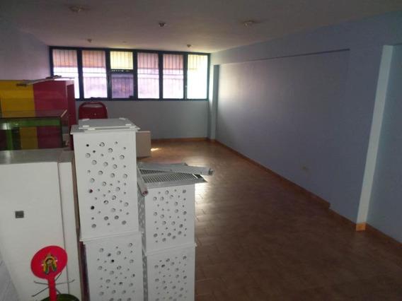 Oficina En Alquiler En Centro, Lara
