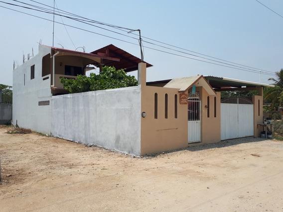 Casa En Puerto Escondido,oaxaca, 2 Plantas Escritura Publica