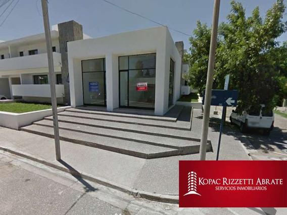 Villa Allende Plaza - Venta Local 115 M2
