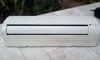 Consola De Aire Split 12.000 Btu, 220 Voltios