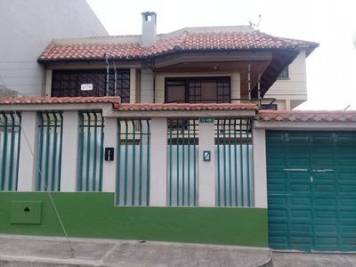 Casa De Alquiler O Venta En Barrio Patrimonio Familiar
