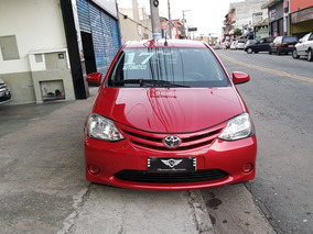 Toyota Etios Hatch Etios X 1.3 (flex) (aut) Flex Automático