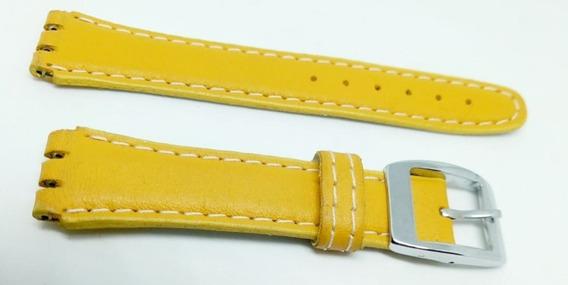 Pulseira Swatch Couro Liso 19mm Amarelo Irony Clássico